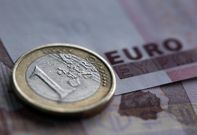 πτώση_ευρώ_εξαγωγές